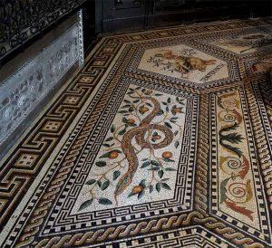 Mosaikfussboden Kevelaer, Schlange und Temperantia
