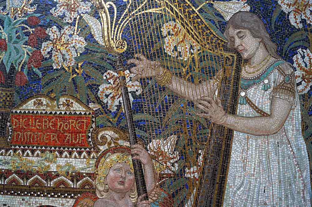 Mosaic on the dernburg family grave detail